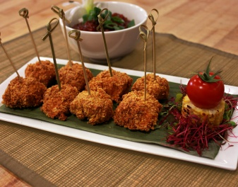 Make Phyllis' spicy Baked Buffalo Chicken Brochettes